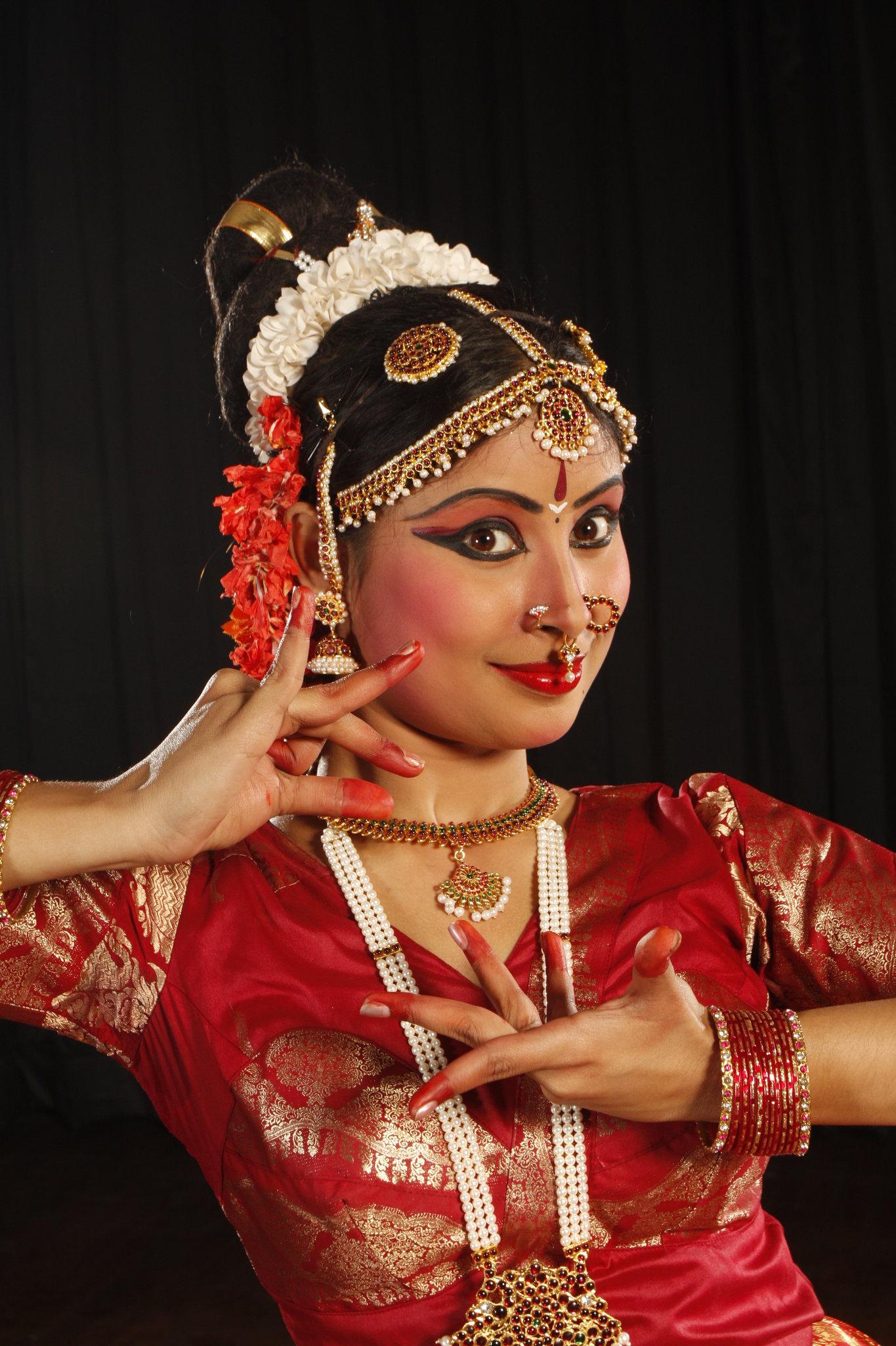 Academy Of Art University Login >> Book Ayana Mukherjee for event | Request Ayana Mukherjee
